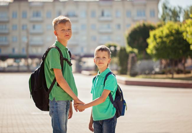 Crianças que vão a pé para a escola têm menos riscos de obesidade